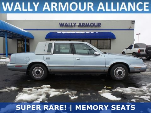 PRE-OWNED 1992 CHRYSLER NEW YORKER FIFTH AVENUE BASE FWD 4D SEDAN